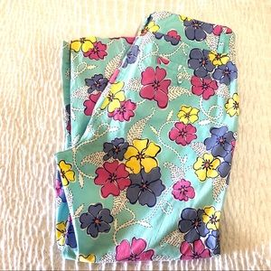Lilly Pulitzer floral crop pants size 8
